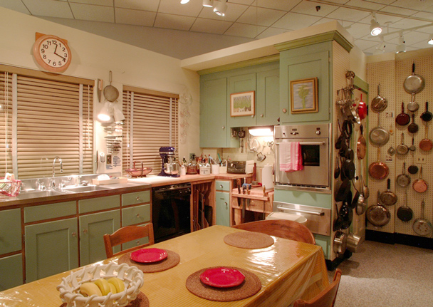 10 Questions For The Smithsonian Curators Who Cooked Up Julia Child S Kitchen Exhibit Food Cooking Gourmet Com